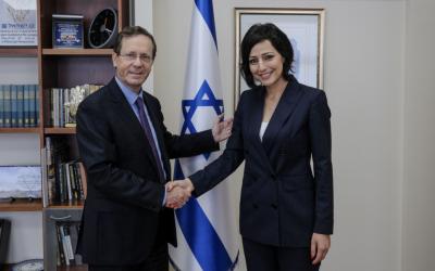 """Premiere: Drusin wird Gesandte der """"Jewish Agency"""""""