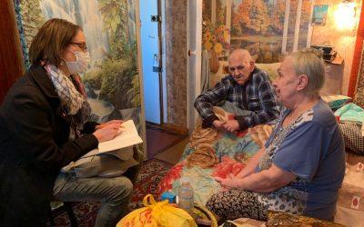 Bewegende Begegnungen in der Ukraine: Ein Sessel geht in Rente